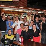 Miguel Rosa de cena en Sa Foganya con unos cuantos amigos